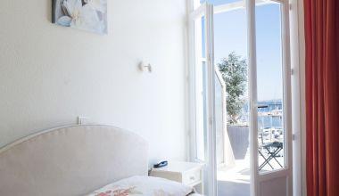 Hôtel avec vue mer à Carqueiranne
